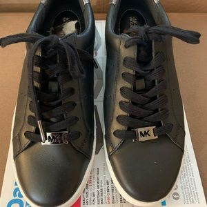 Michael Kors MK Black Leather Sneakers 7.5 Shoes